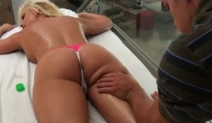 bimbo kirmess receives kneading fuck and facial